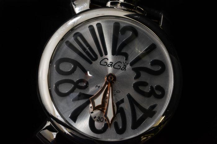 ガガミラノの腕時計 マヌアーレ48mm