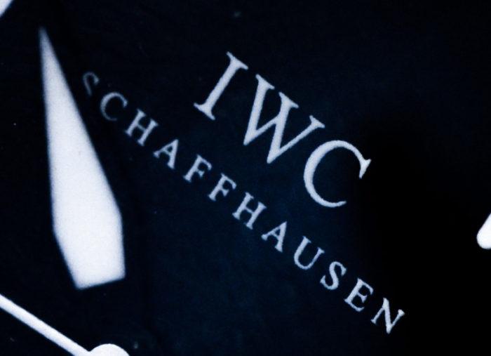 文字盤のIWCロゴ