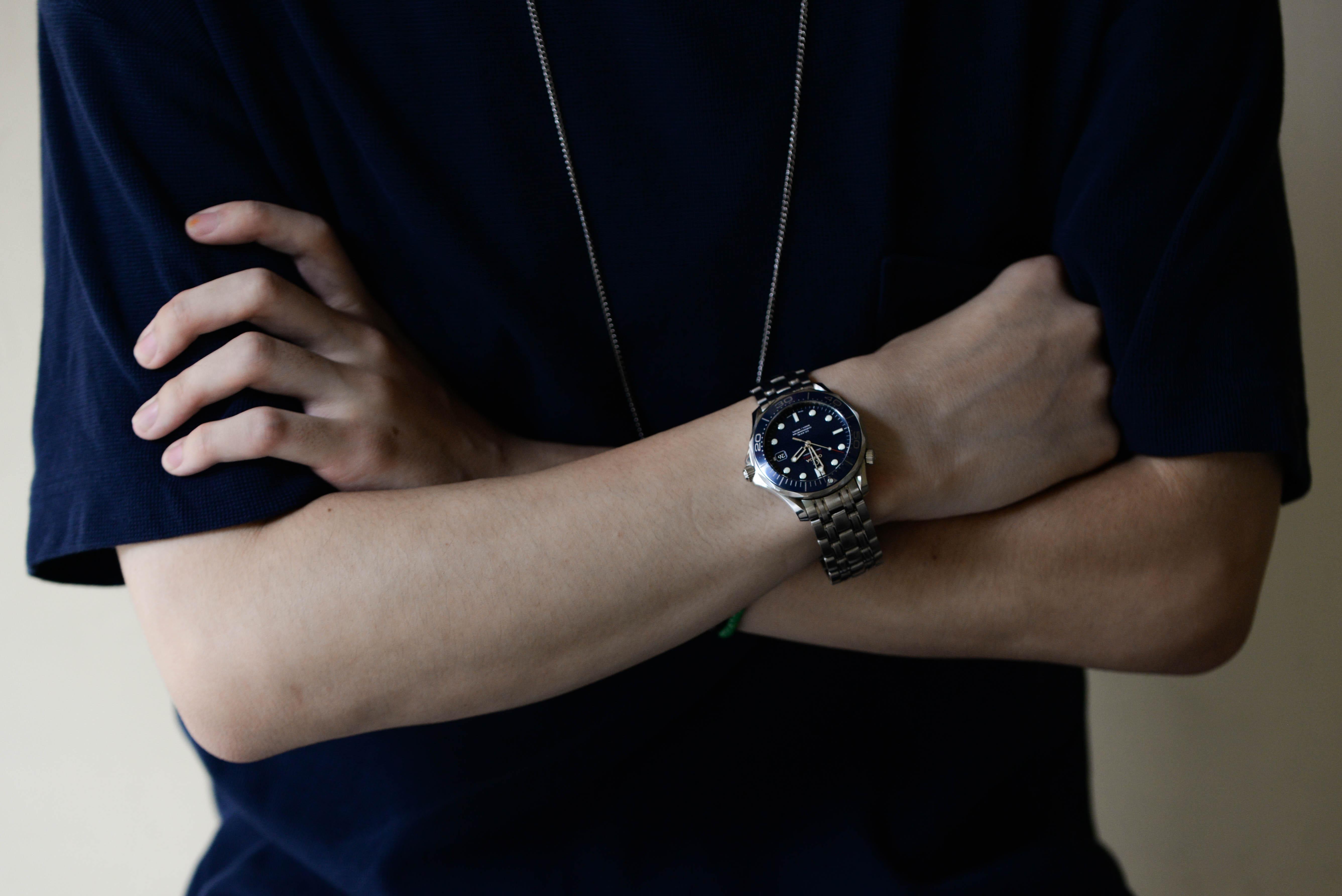 井上さんの腕時計はシーマスター プロフェショナル 300