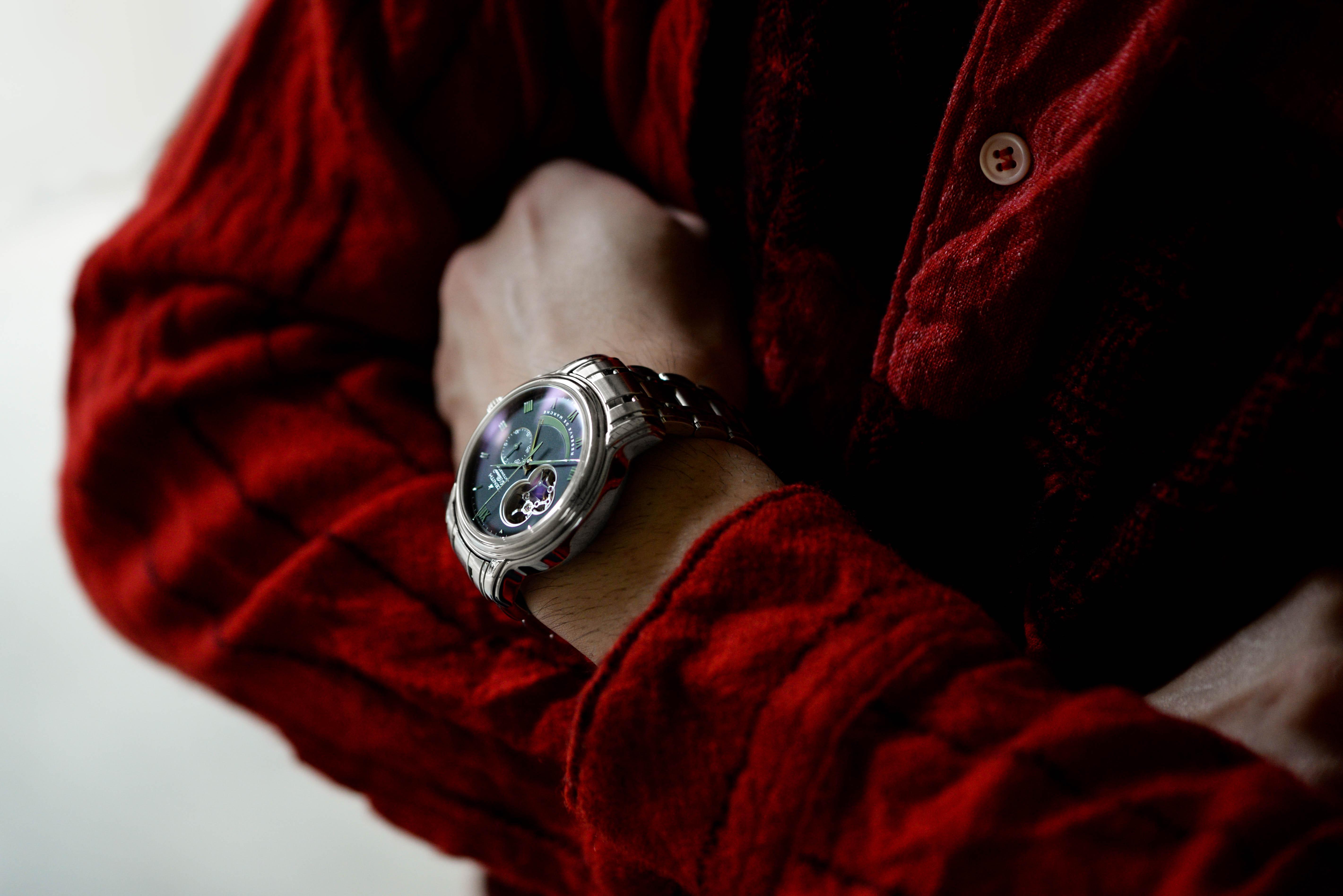 西岡さんの腕時計はクロノマスター XXT オープン Ref.03.1260.4021/72.M1260