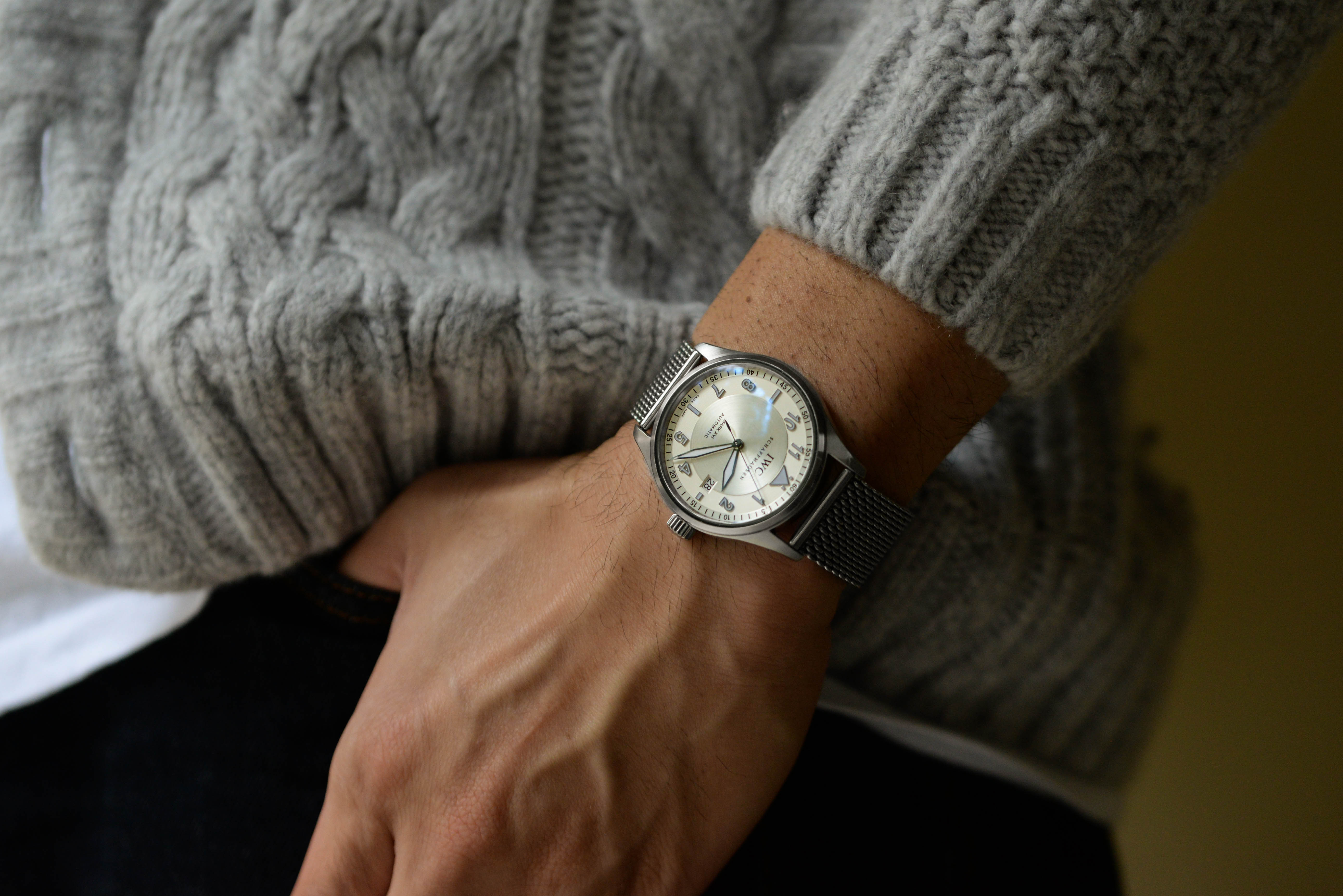 西岡慎介さんの腕時計はスピットファイア マーク16 Ref.325502