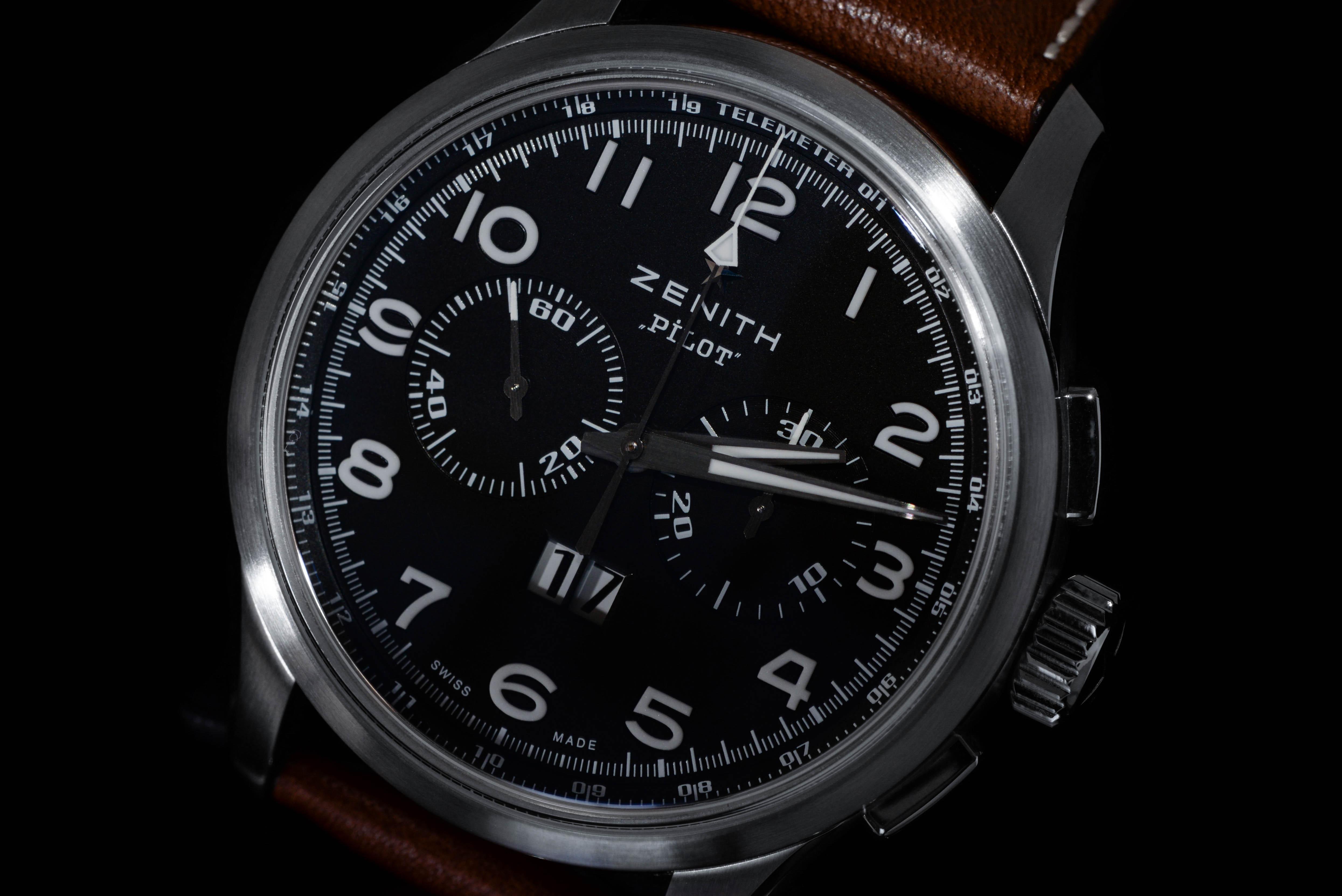 斎藤さんの腕時計はゼニス パイロット ビッグデイト スペシャル Ref.03.2410.4010/21.C722