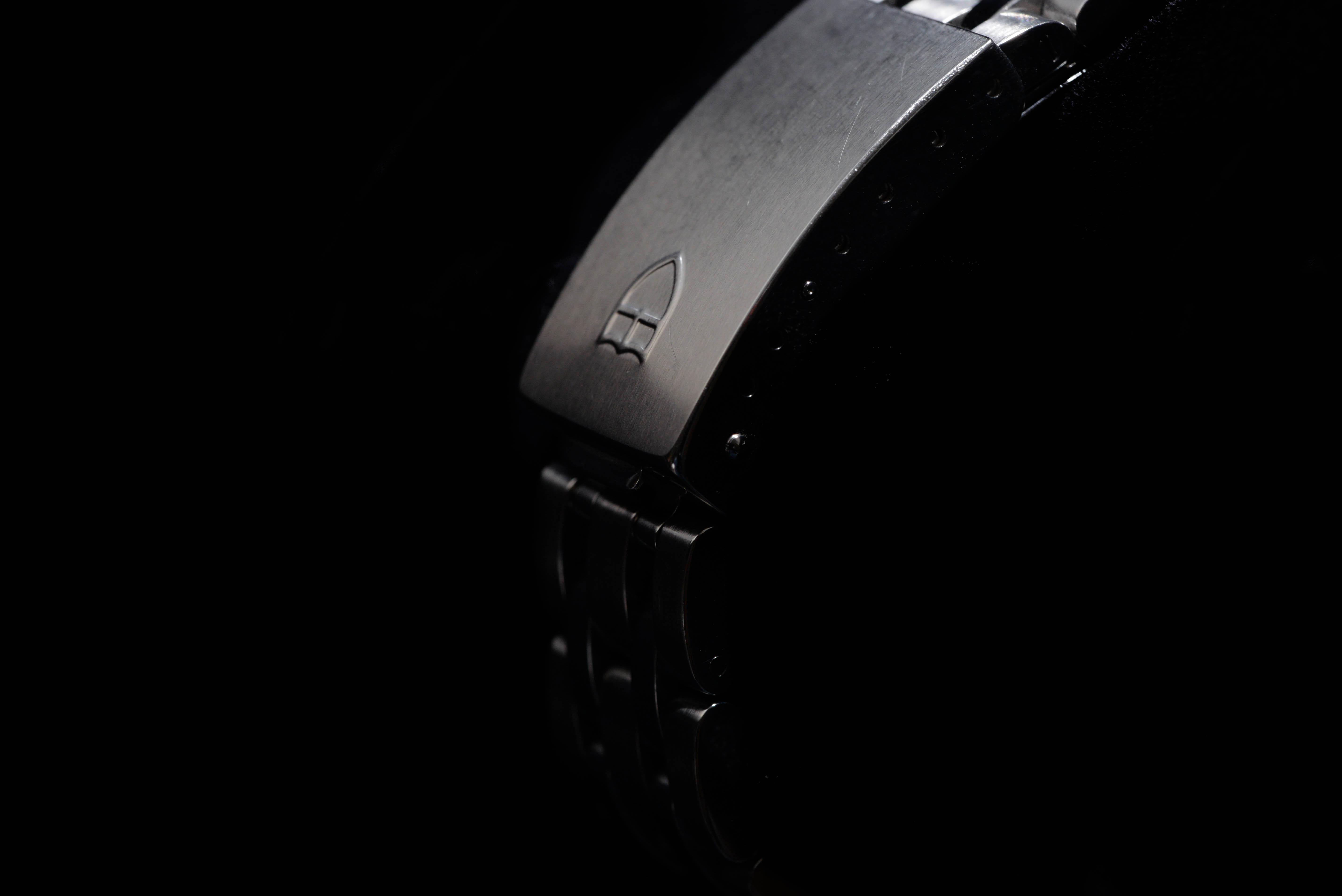 セミフォーマルのときに活躍する腕時計