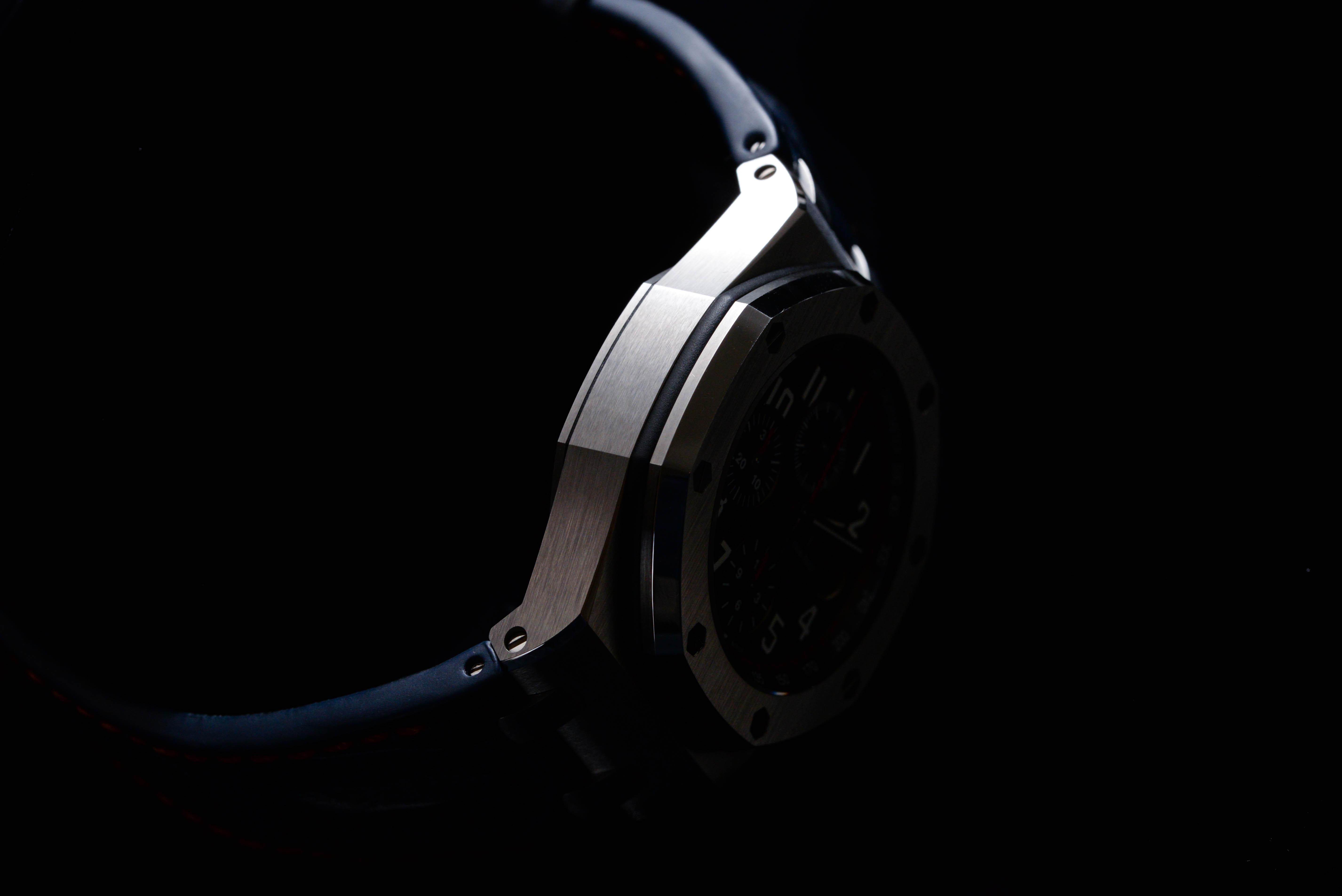 腕時計は男が金をかける数少ない物